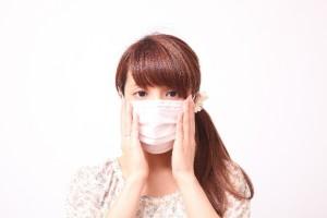 マスクつけた女性