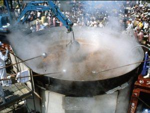 日本一の芋煮会フェスティバルの大鍋