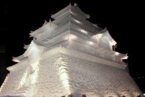 雪で作った城